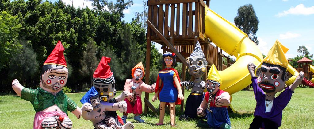 Santiago Robles, Estado Estado Fallido Estallido, Construcción de piñatas, Construction, Piñata, Enanos, Blancanieves, Snow White, Jardín 4, Todos, All the dwarfs