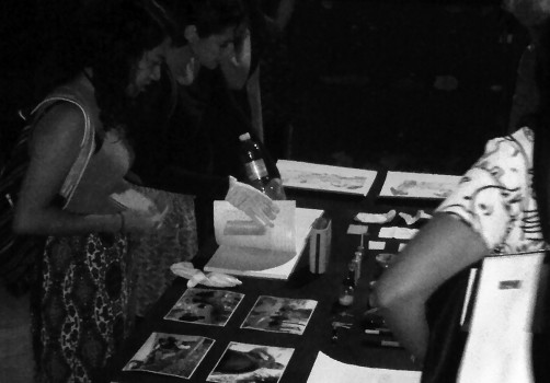 Santiago Robles, Seis comidas compartidas, Arte, Arte Contemporáneo, Intervención, Intervencionismo, Arte colaborativo, Ciudad de México, México, Plaza de la Alhóndiga, Trabajadoras sexuales, Jóvenes en situación de calle, Cocina, Cocinando, Cooking, Espacio público, Acequia real, Presentación, Ex Teresa Arte Actual, Dibujo, Presentación, Exhibition, Conversatorio, Talk