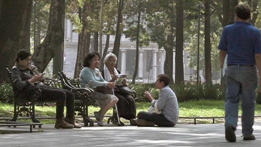 SantiagoRobles, BuscandoelPresente, PublicSpace, Art, ArteParticipativo, RelationalArt, AlamedaCentral, LaboratorioArteAlameda, EmplazamientosdelaMemoria, GemmaArgüello, MauroGiaconi, AbrahamGonzálezPacheco, LeoMarz, MaríaCerdá, NuriaMontiel, NinaFiocco, MarekWolfryd, BereniceOlmedo, ContemporaryArt, Participación, Ciudadanos, Citizens, Vecinos, Neighborhood, CaféTrevi,